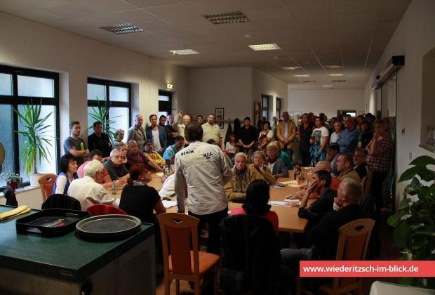 Treffen Wiederitzscher Bürger zur geplanten Auffangeinrichtung im ehemaligen BW-Krankenhaus.