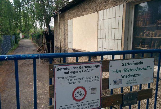 """Flammen beim Kleingartenverein """"Am Rietzschketal"""""""