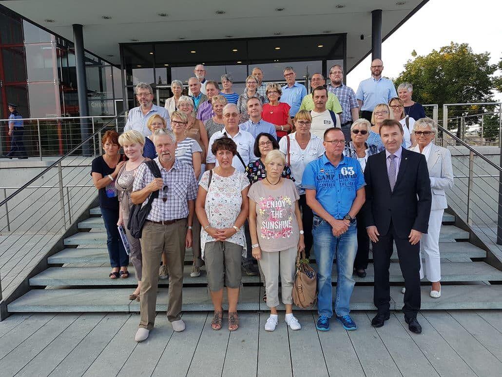 Gruppenfoto: Wiederitzscher besuchen den Sächsischen Landtag